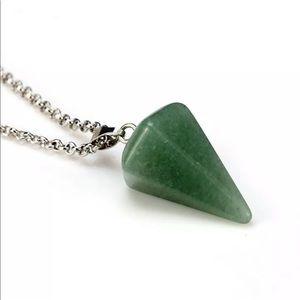 5/$25 💚 Green Aventurine Pendulum Necklace
